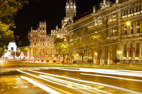 Long exposure shot of Madrid, by Omar Abu Omar