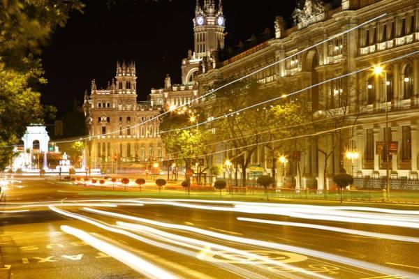 Long exposure shot of Madrid, by Omar Abu Omar
